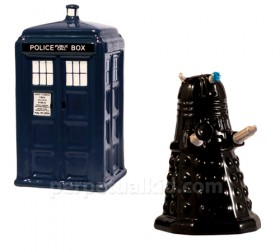 Tardis vs. Dalek Salt & Pepper Set