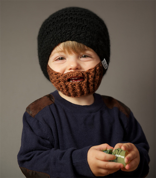 Crochet Beard Pattern: Free Pattern for Hat When people find I crochet, it's a matter of weeks–days sometimes– before they ask if I can make one project: a crochet beard hat. Friends, family, and strangers have e-mailed, texted, even posted pictures on my Facebook wall, requesting this odd item.